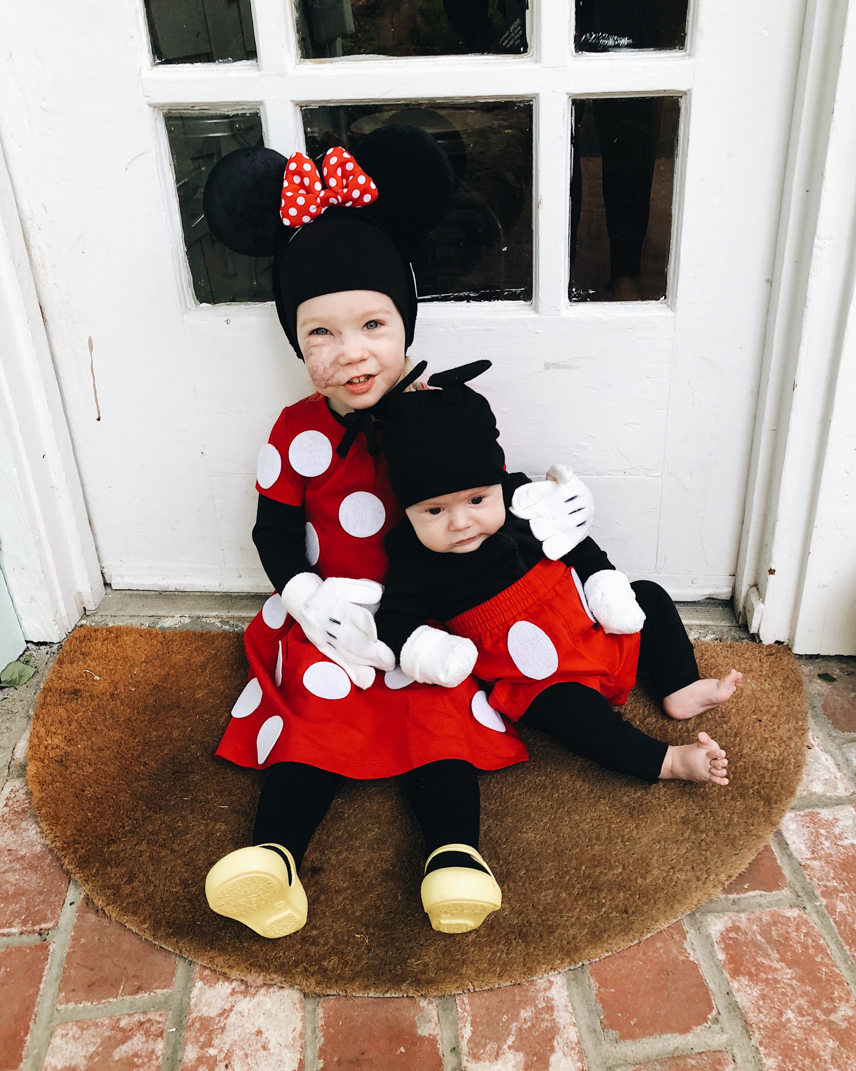 Mickey Amp Minnie Mouse Sibling Halloween Costumes Typical